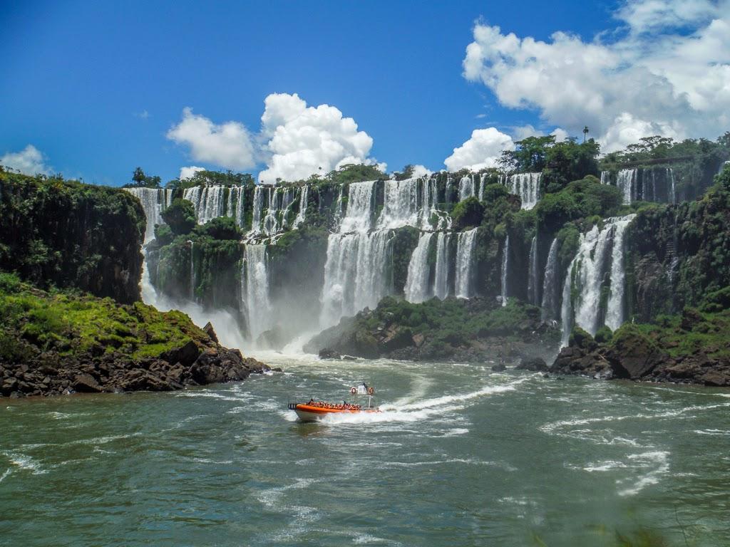 фото бразилии водопады игуасу заповеднике сейшельских островах