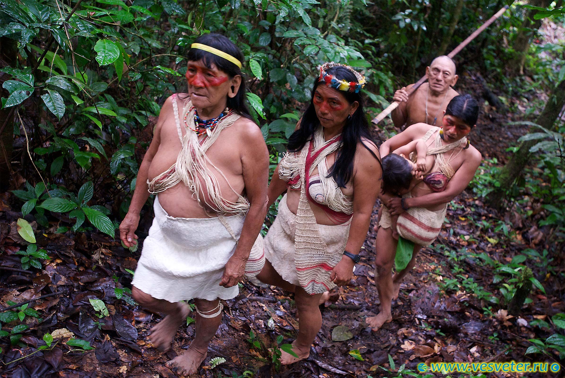 Голые индейцы женщины фото, трахать в рот в возрасте