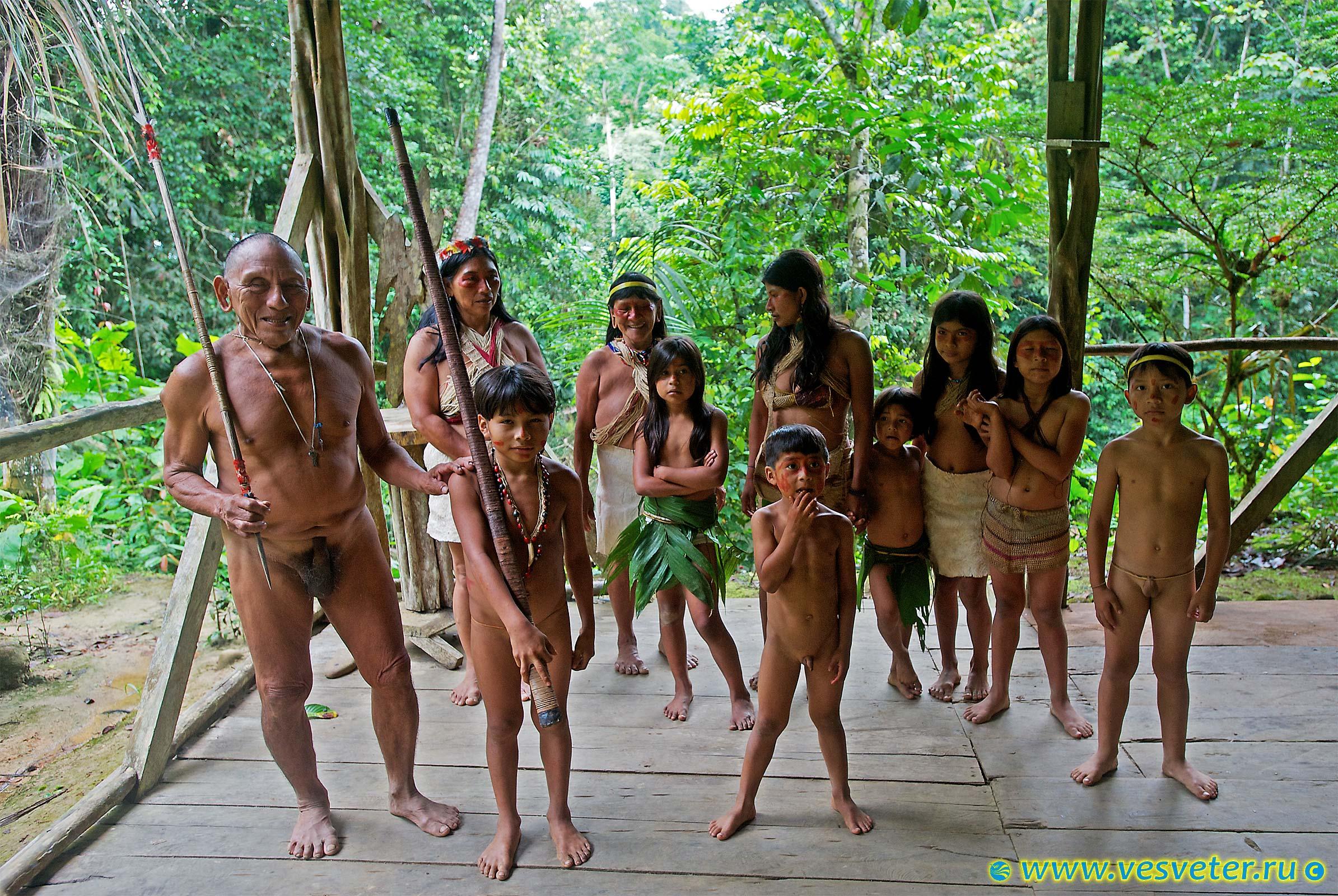 Фото голые племена индейцев