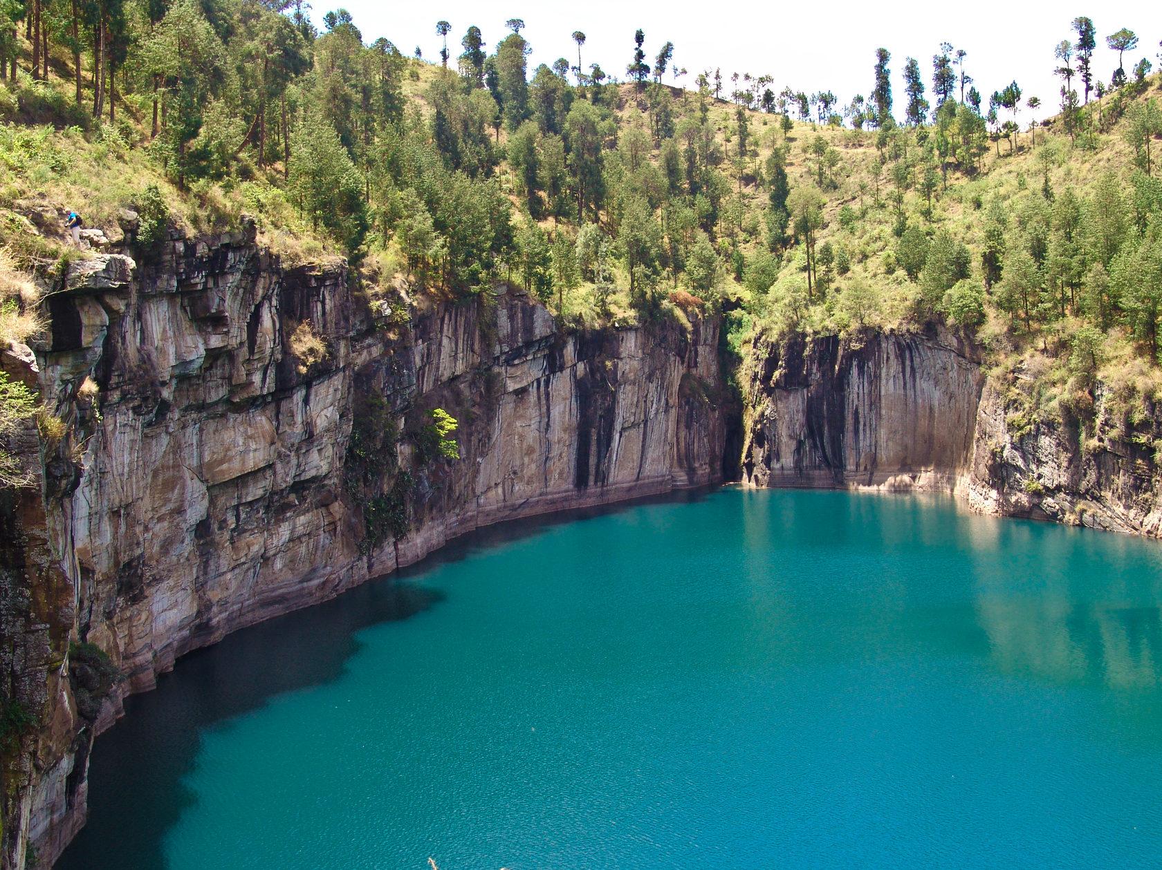 Мертвое озеро Тритрива