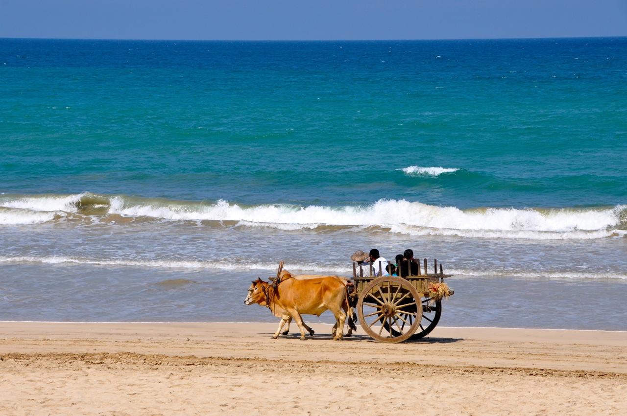 Пляж Нгапали