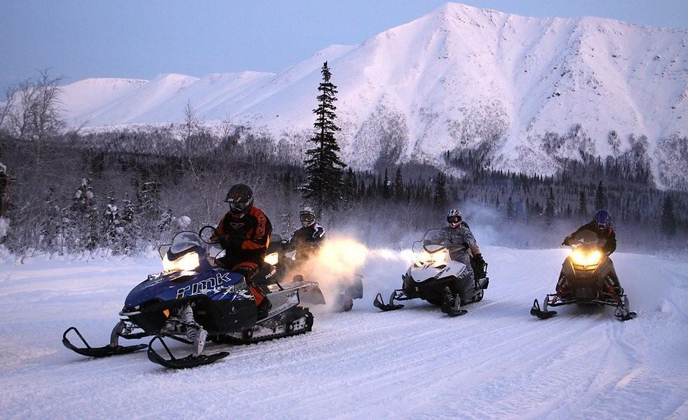 На снегоходах по зимнему Кольскому